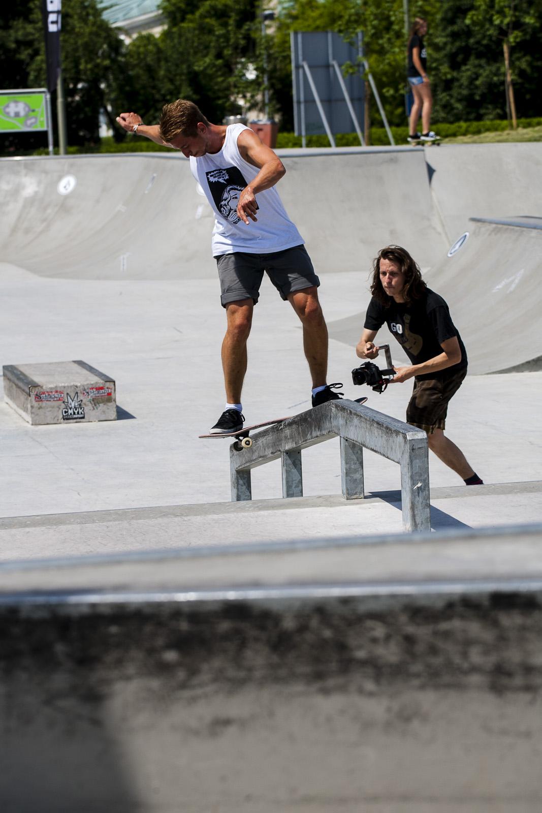 Matjaž Bedenik frontside halfcab boardslide