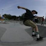 Anže Lemovec frontside tailslide